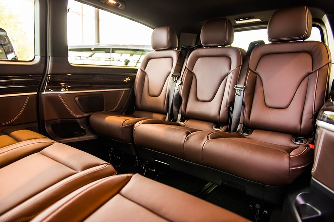 Private Arrival Transfer: from Basel Airport to Zurich City