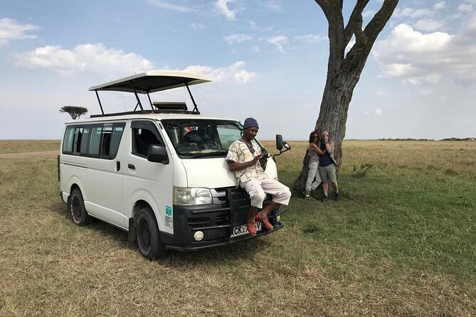 Hire Tour Van for Game Drive From Nairobi