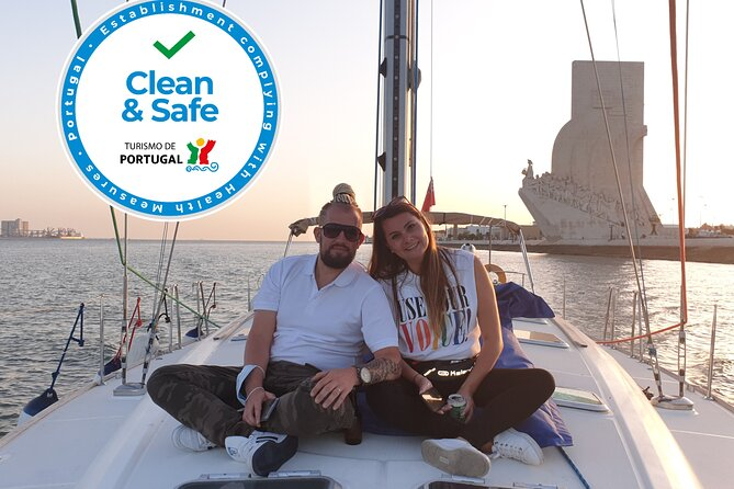 Sailing Boat Tour in Lisbon with Unlimited Drinks and Snacks