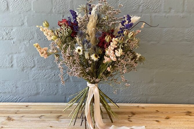 Dried Flower Bouquet Workshop in the Cotswolds