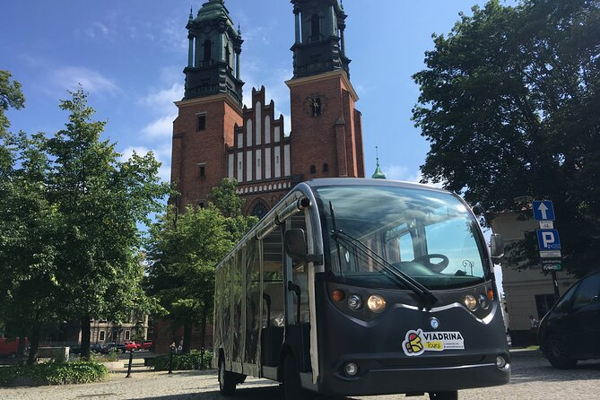 Poznan: 1.45-Hour City Tour by Electric Car with the Cathedral