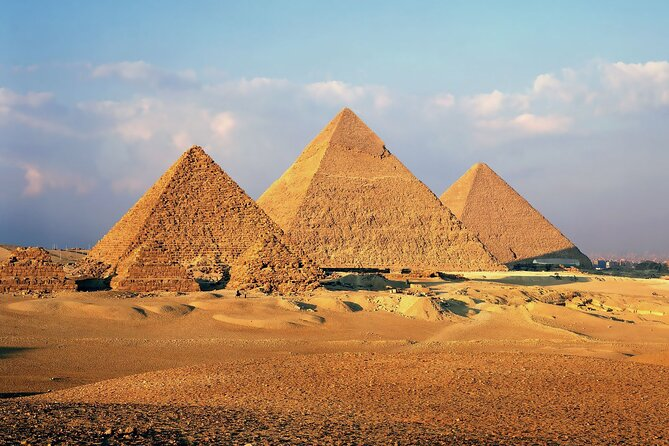 Full Day Tour The Pyramids Of Giza And The Sphinx Of Memphis And Saqqara