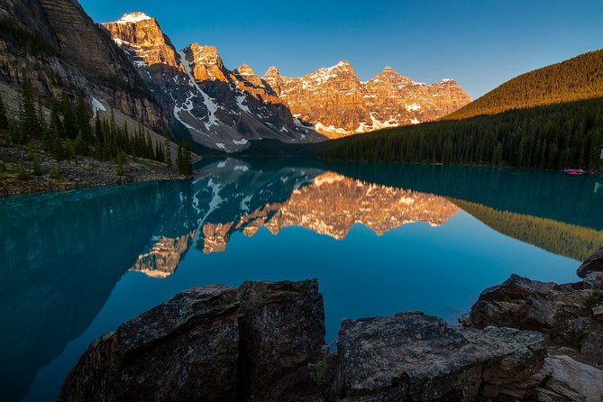Moraine Lake At First Light Private Tour
