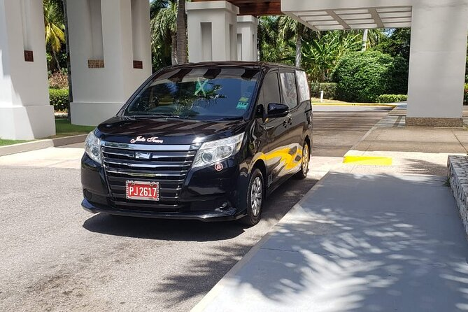 Couples Tower Isle Private Airport Transfers