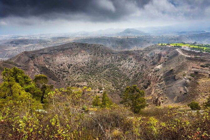 Private Tour of Gran Canaria Volcano and Canary Wine tasting