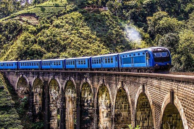 Private Tour to Badulla, Ella and Nanu Oya by Train