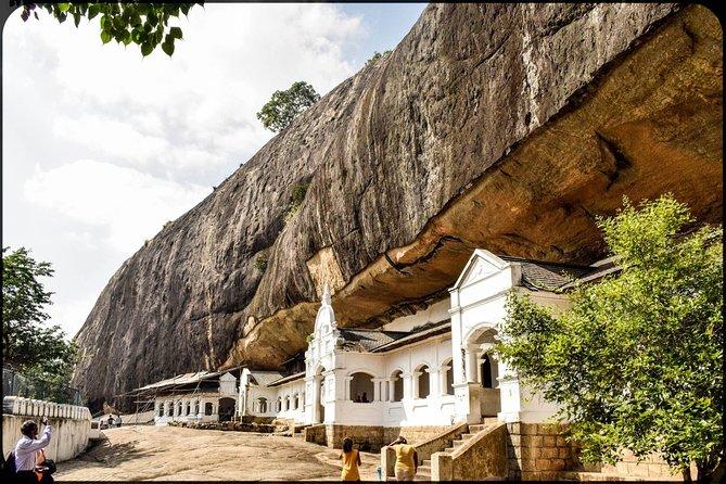 Amazing Round Tour in Sri Lanka ( 9 Nights/10 Days)