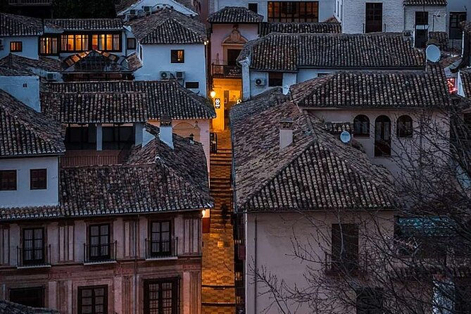 Granada: Albaicin and Sacromonte Private Tour