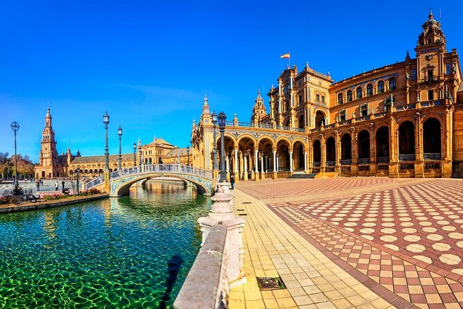 Explore the capital of Andalusia – Highlights of Seville private full-day tour