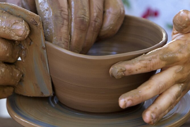 Pottery workshop at the Sacred Valley