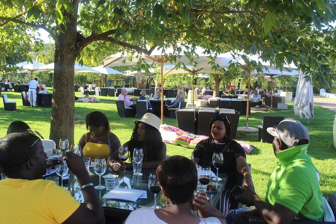 Full-Day Private Tour to Stellenbosch and Franschoek Wineries from Cape Town