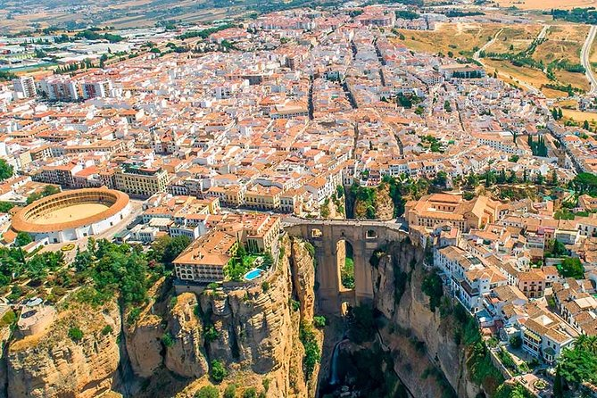 Discover beautiful surroundings of Andalusia on a private full-day tour