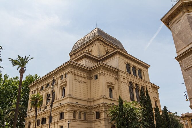 Jewish Ghetto and Great Synagogue of Rome Walking Tour with Local Expert Guide