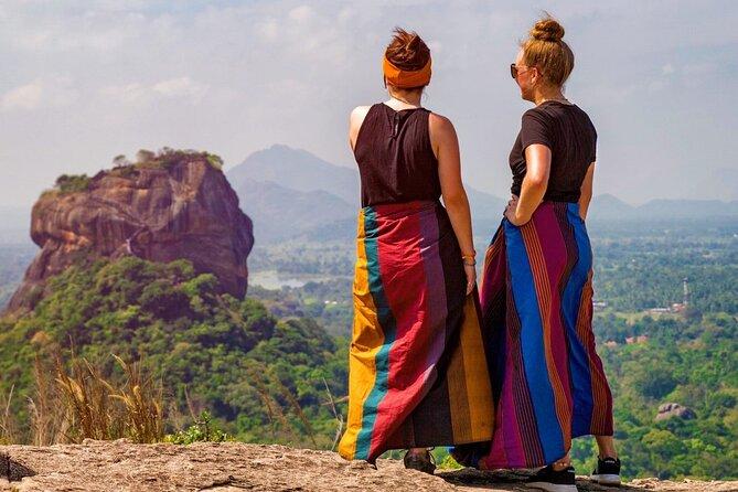 Hike Pidurangala Rock