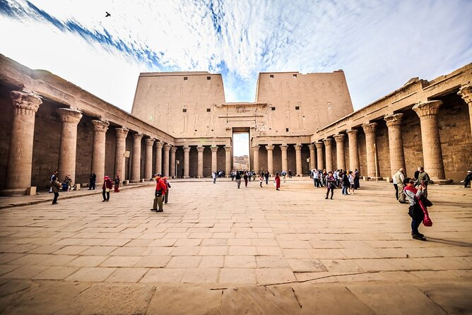 Cairo: All-Inclusive Private Guided Tour To Luxor by Plane