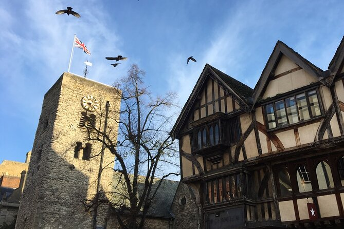 Private Self-Guided Treasure Hunt around Oxford - Towers and Taverns
