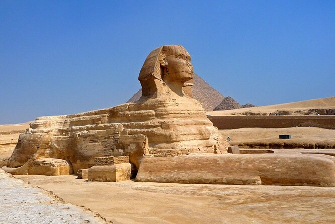 Day Tour of the Pyramids, Sphinx,Egyptian Museum