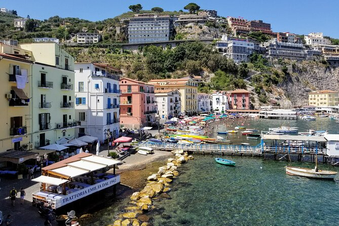 Private transfer from/to Naples to/from Sorrento with Hotel pick-up and drop off