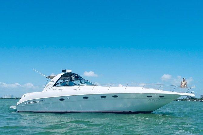 Beautiful Yacht SeaRay 48ft / 15PAX 25P16