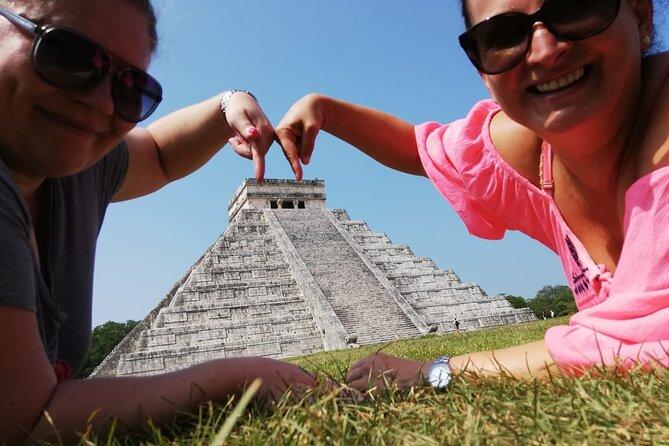 CHICHEN-ITZA MARAVILLA - Cenotes & Valladolid Private Tour
