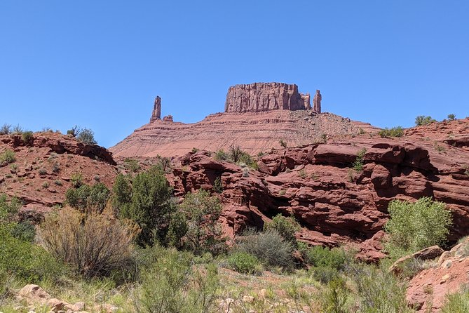 View The Famous Towers of Castle Valley