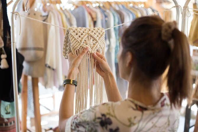 Authentic Macramé workshop with a local artisan in Macerata