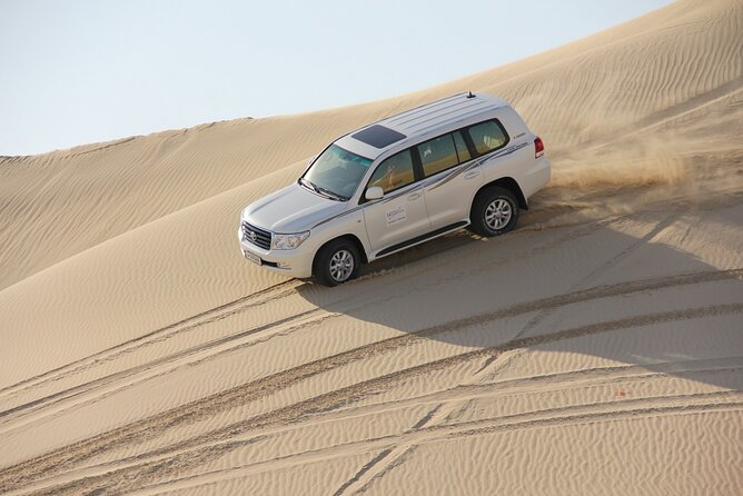 Private Full-Day Desert Safari Tour in Khor Al Adaid