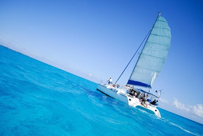 Half Day Sailing Private Catamaran to Isla Mujeres