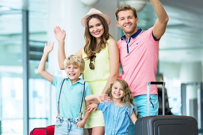 Private Arrival Transfer: Santorini Airport to Hotel