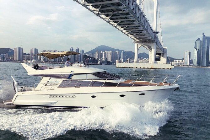 Private Guided Sightseeing Yacht Tour of Busan Sea