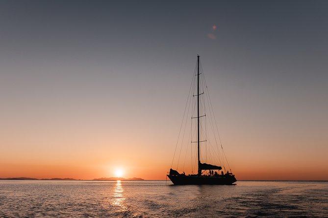 3 Day and 2 Night Whitsundays Maxi Sailing Adventure on Hammer