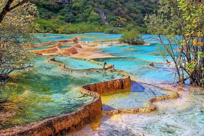 Private 3-Day Jiuzhaigou and Huanglong National Parks Tour from Shenzhen