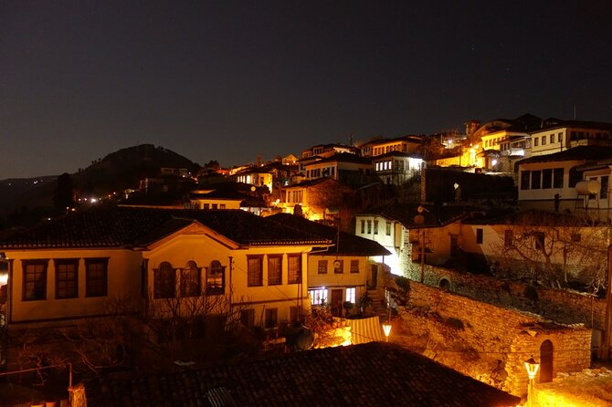 Walking tour in the 'One On One Windows' city,Berat
