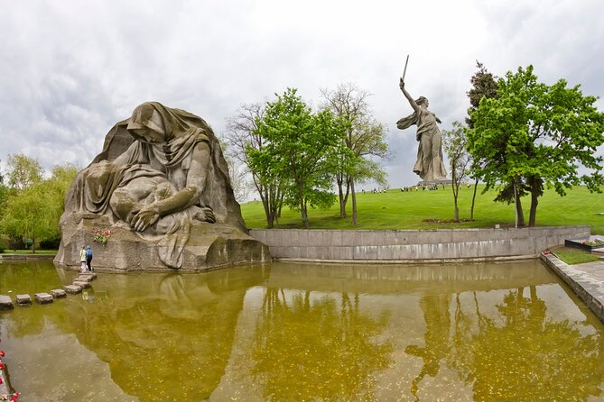 Private Half-Day Volgograd City Tour and Mamayev Hill Visit