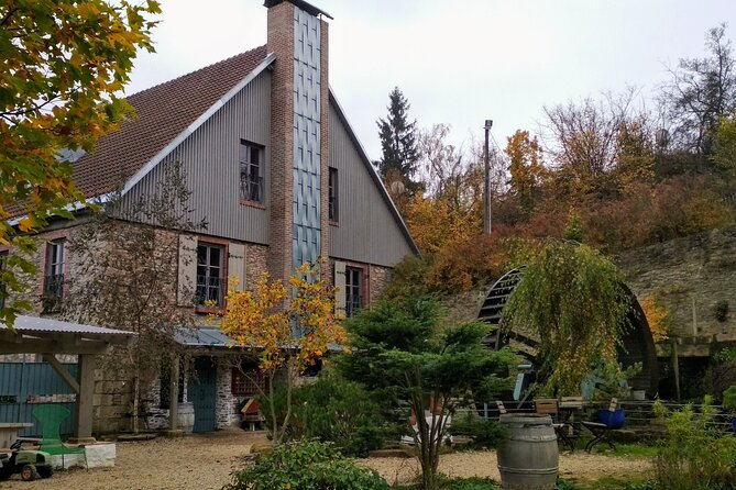 Craft glass-blowing & brews in Czech countryside