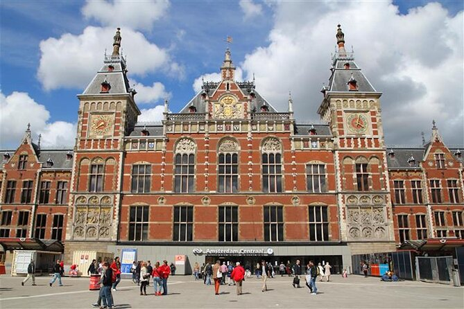 An Amsterdam introduction: Explore the origins of Amsterdam on an audio tour