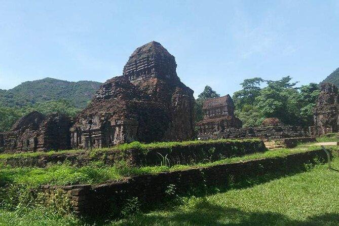 Car Transfer to Explore My Son Holyland & Marble Mountain in Da Nang City