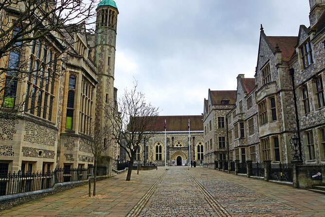 Discover Winchester and Southampton medieval cities on a private tour