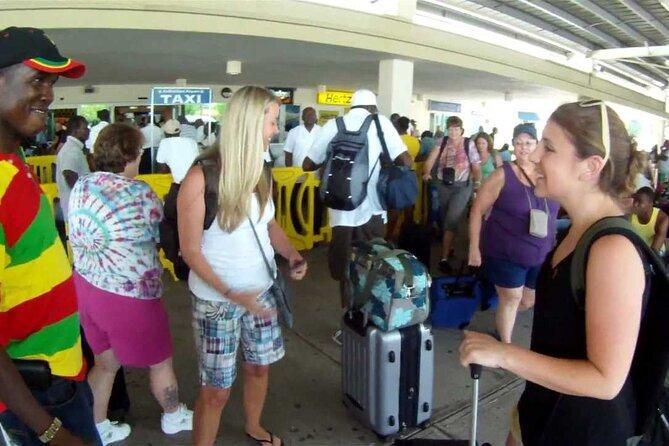 Private Transfer Sangster Airport to Ocho Rios y Runaway Bay
