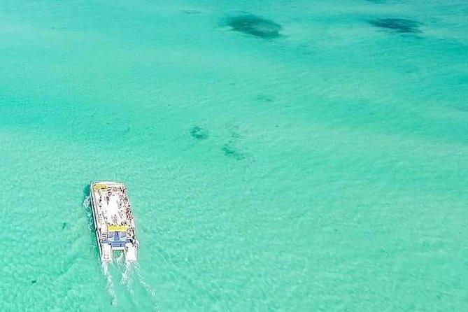 Isla Mujeres Unlimited Catamaran Tour
