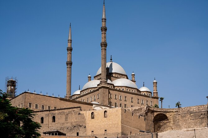 Cairo Day Tour: Salah El Din Citadel, Coptic and Islamic Cairo