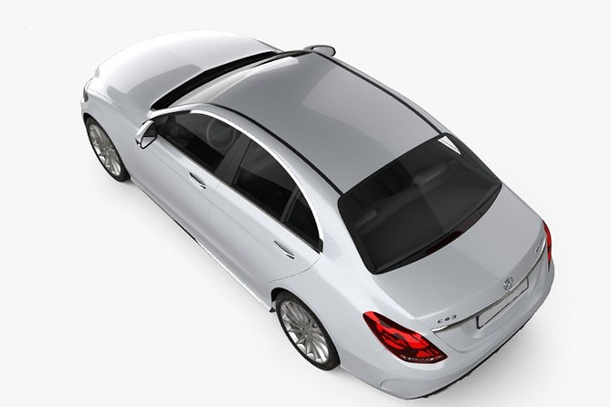Colombo Airport (CMB) to Colombo City Private Transfer by Mercedes Benz E350
