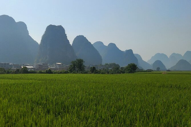 10-Day Private Tour from Guangzhou to Yangshuo and Nanning by car