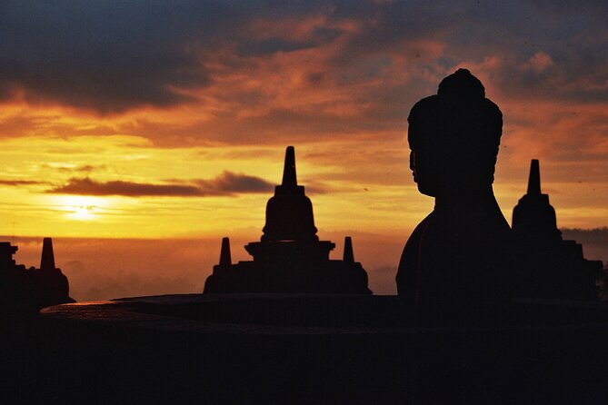 4 Day Jogjakarta Amazing Sunrise Borobudur - PRIVATE TOUR with GUIDE