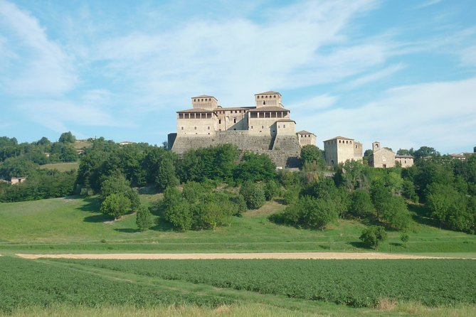 Torrechiara Castle and Wine Tour with lunch