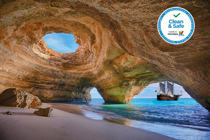 Afternoon Sailing and Caves Tour from Portimao