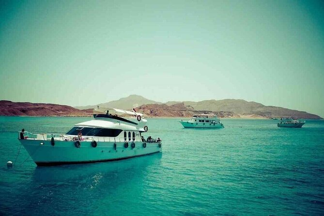 Tiran Island ;Full board luxury yacht tour ;Solo;Small Group
