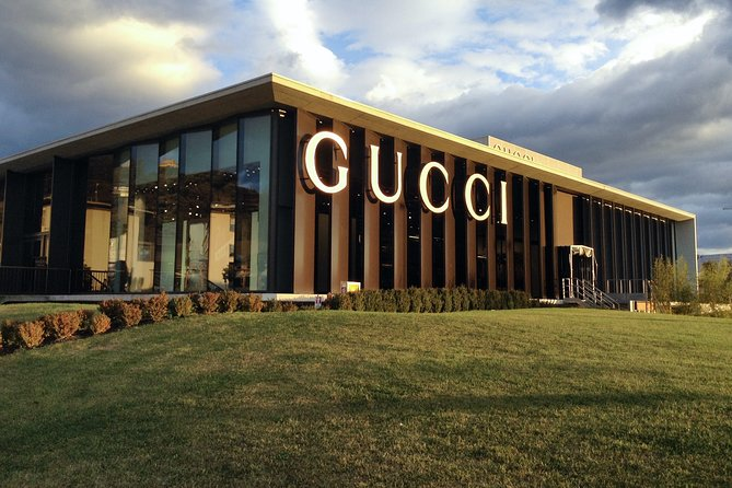 PRIVATE Full-Day Shopping Tour: The Mall GUCCI and Spaces PRADA outlet