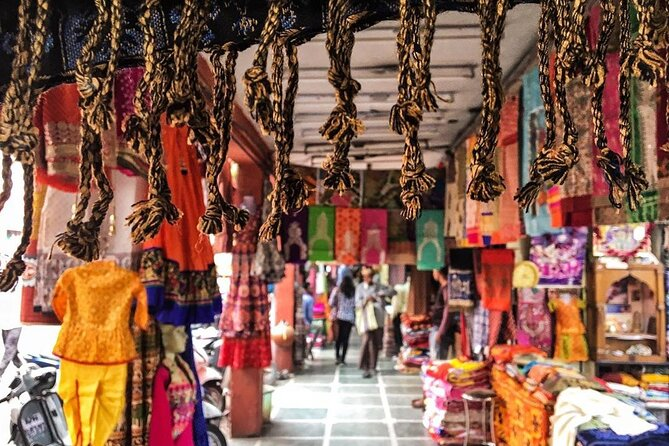 Full-Day Private Guided Street Shopping Tour of Jaipur