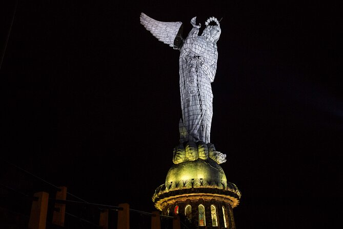 Photography Tour Quito at Night & Urban Legends